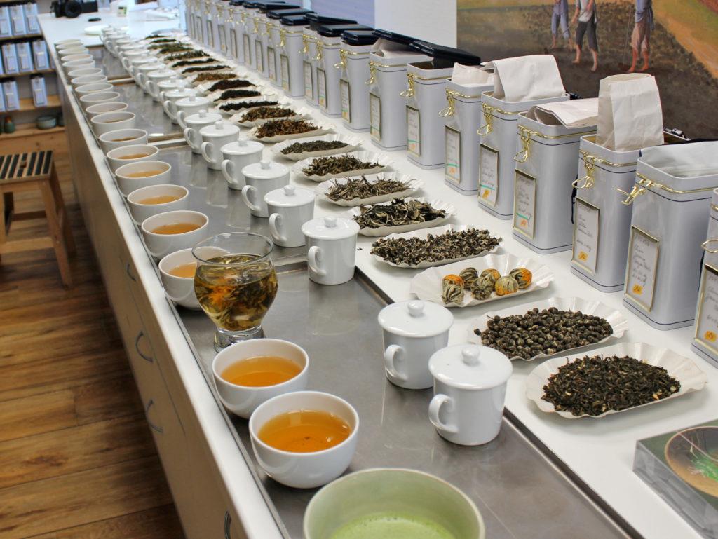 Tee-Profis, Teegroßhandel mit langjähriger Erfahrung + Expertise. Unsere Stärken: Kundenorientierung, Qualitäts- und Lieferantenmanagement, Bio, Fairtrade und Nachhaltigkeit
